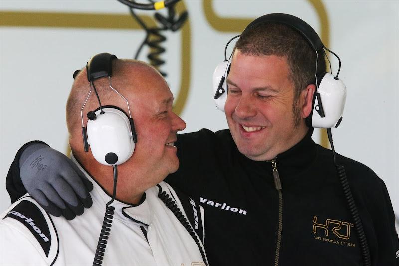 механики HRT на Гран-при Кореи 2012