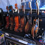 The courtyard fiddles