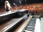 I love this piano