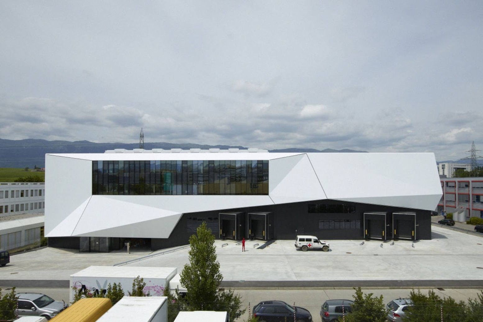 Ginevra, Svizzera: [ICRC LOGISTICS COMPLEX BY GROUP8]