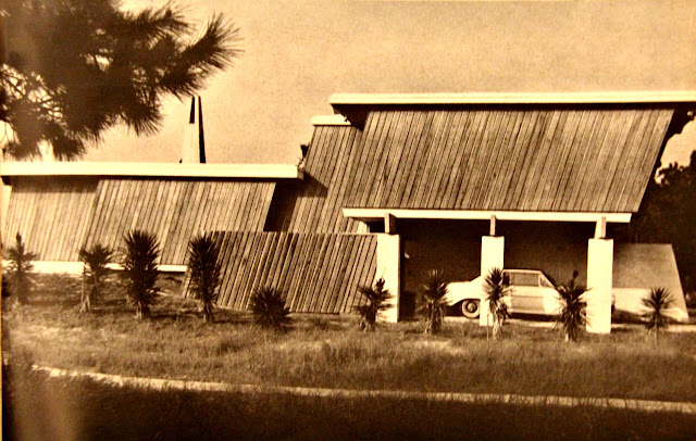 BIJOU LIVING: Mid-Century Beach Home 1966
