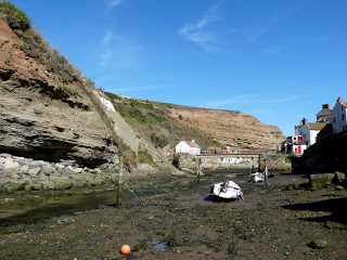 The tide is out - Staithes Beck