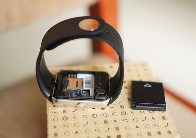 Trên tay đồng hồ thông minh Inwatch B giá 1,2 triệu đồng - 90673