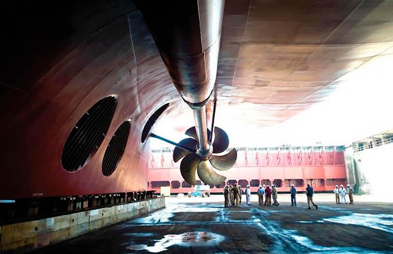 Cruise ship propeller