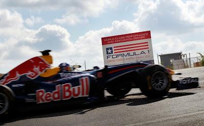 Дэвид Култхард Red Bull Трасса Америки Летний перерыв 2011