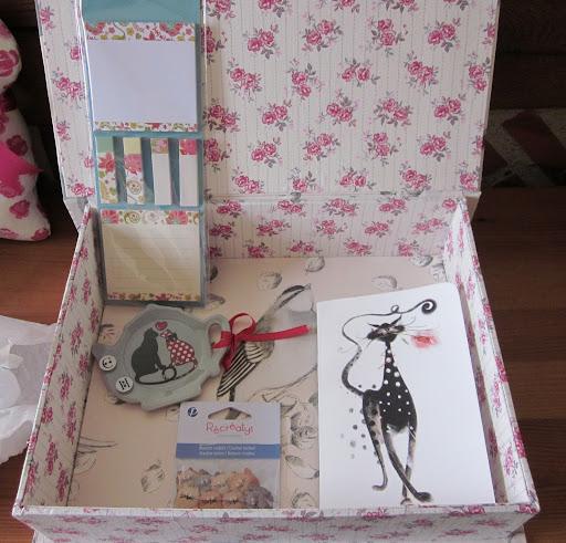 http://lh4.googleusercontent.com/-OTM9snyDOQQ/T1XRVh6o6yI/AAAAAAAALiw/kLA1sQ4yF50/s512/cadeaux%2520christel.jpg