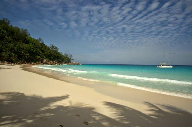 Anse Georgette na wyspie Praslin.