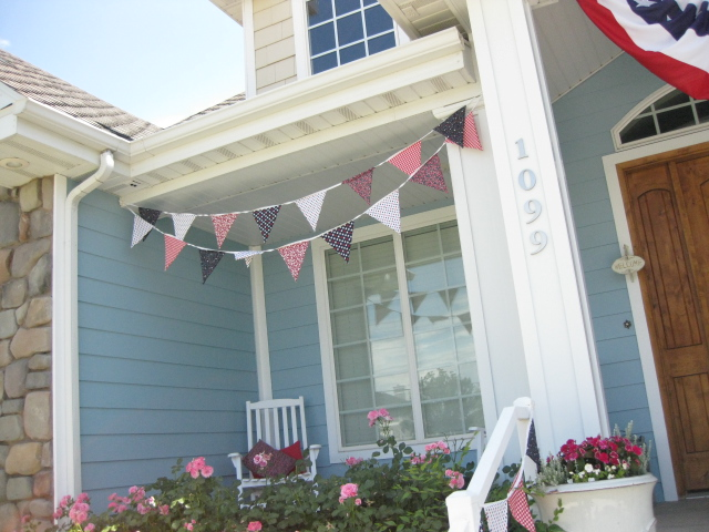 cute blue porch with bunting