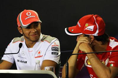 Льюис Хэмилтон и Фелипе Масса на пресс-конференции в четверг на Гран-при Бразилии 2012
