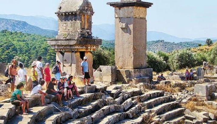 Ancient monuments poorly restored in Turkey