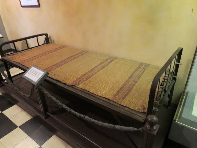 A bed used by American POWs.