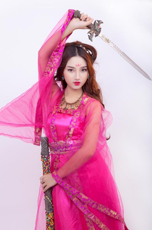 Mỹ nữ Việt quyến rũ với cosplay Thiên Địa Quyết - Ảnh 5