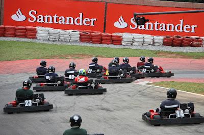 Фелипе Масса в картинговой гонке 22 ноября 2011