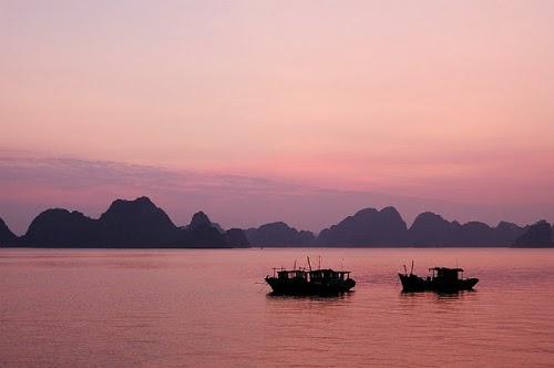Vịnh Hạ Long, Sơn Đoòng vào top điểm đến đẹp nhất hành tinh