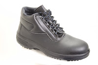 vegan breathable safety boots to EU standards