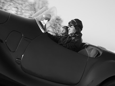 Фелипе Масса пилотирует Auto Avio 815 - черно-белое фото