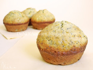 orange poppy seeds muffins
