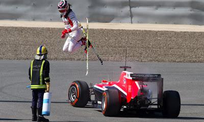 Макс Чилтон на лыжах - фотошоп прыжка на тестах в Бахрейне 21 февраля 2014