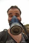 na szczęście nasz kierowca zaopatrzył nas w porządne maski gazowe
