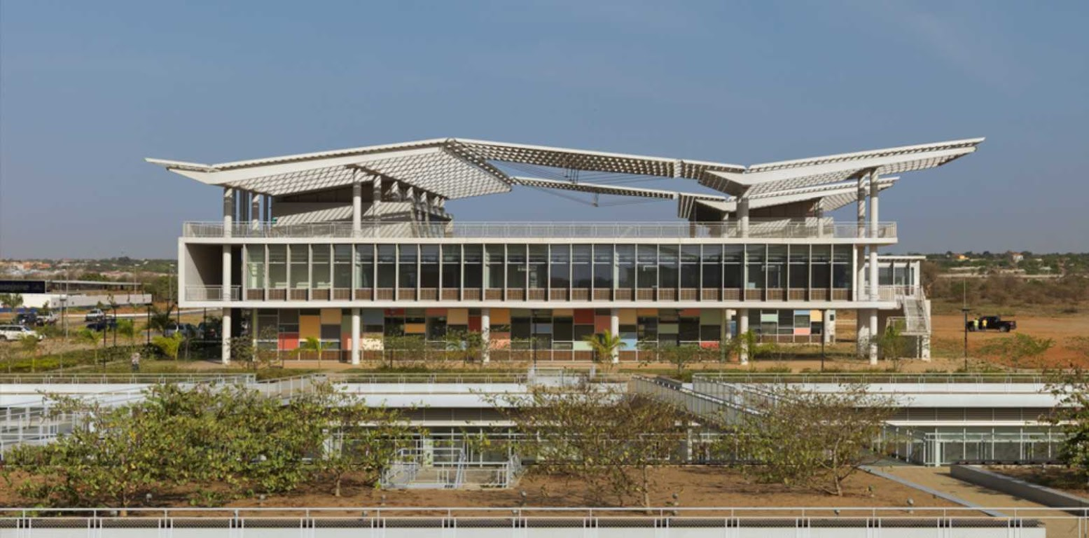 Luanda, Angola: [UNIVERSIDADE AGOSTINHO NETO BY PERKINS + WILL]