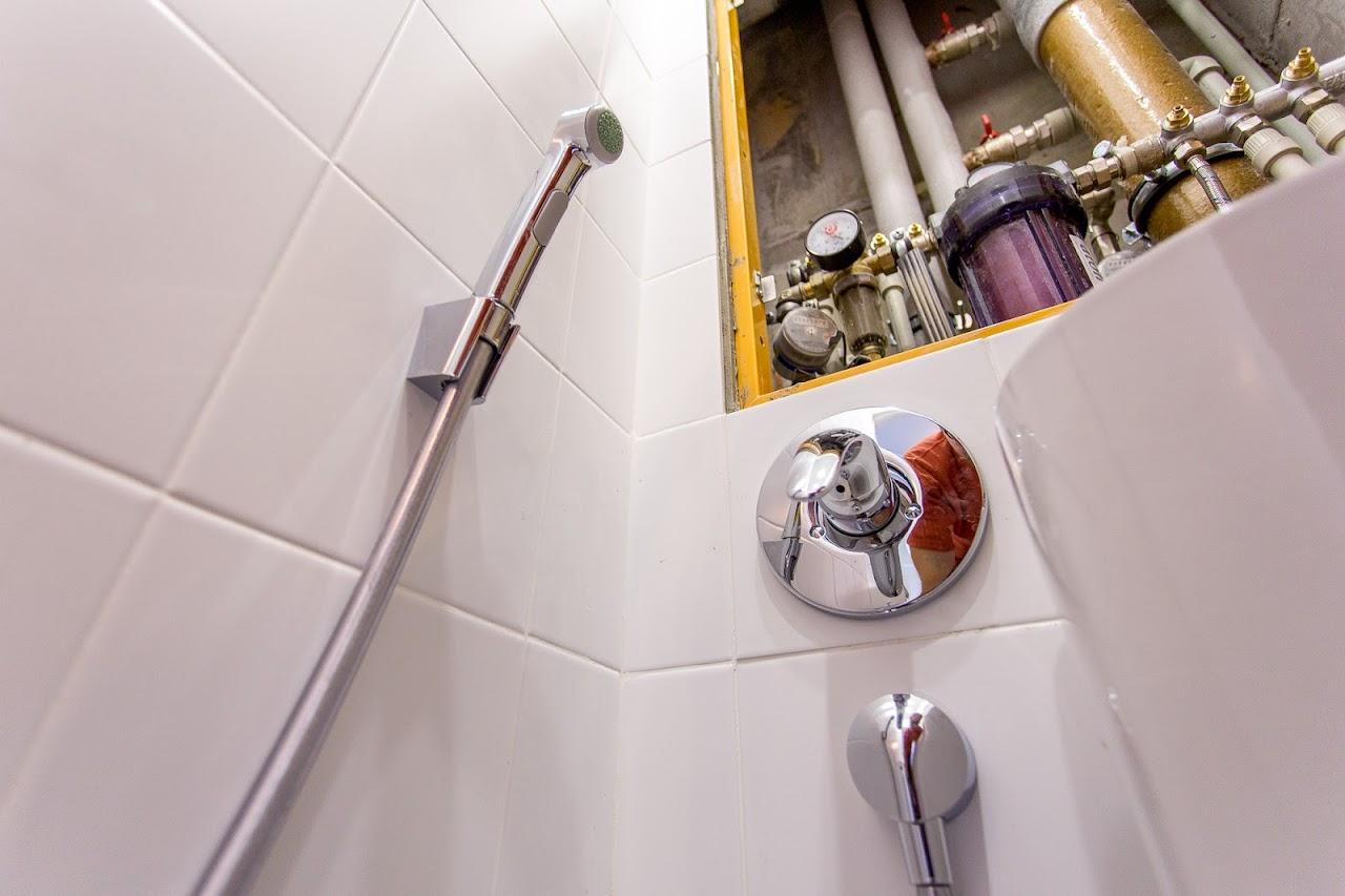 Схема монтажа гигиенического душа в туалете