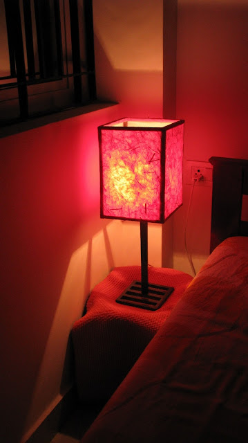 Using handmade paper for making bedside lamp shade