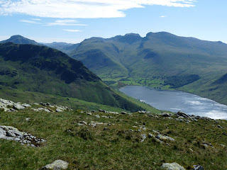 Classic view from Middle Fell to Wasdale - Yewbarrow & Great Gable - Lingmell & Scafells