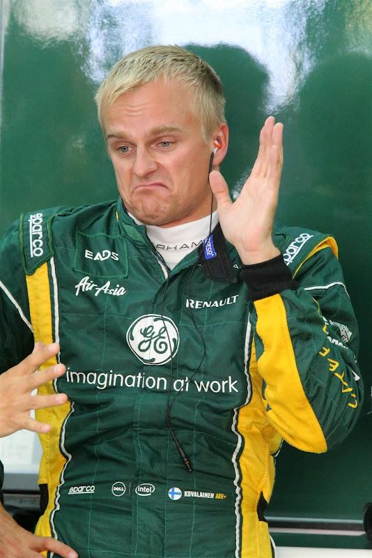 забавный Хейкки Ковалайнен на Гран-при Кореи 2012