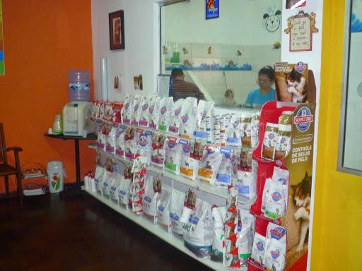 Pet Stop Animal Care, R. Rio Jutaí, 39 - Ns. das Graças, Manaus - AM, 69053-020, Brasil, Loja_de_animais, estado Amazonas