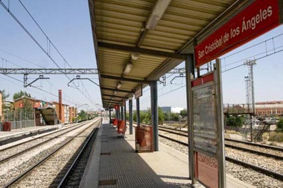 Obras en las vías del Cercanías entre San Cristóbal de Los Ángeles y San Cristóbal Industrial