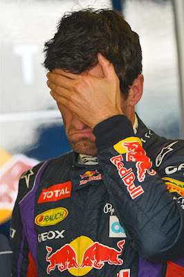 фэйспалмящий Марк Уэббер на Гран-при Абу-Даби 2013