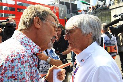 Эдди Джордан разговаривает с Берни Экклстоуном на Гран-при Бельгии 2012