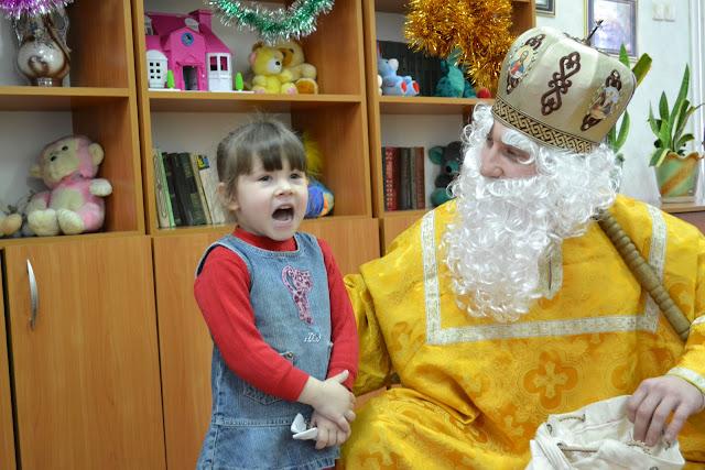 Діти вражають Святого Миколая!
