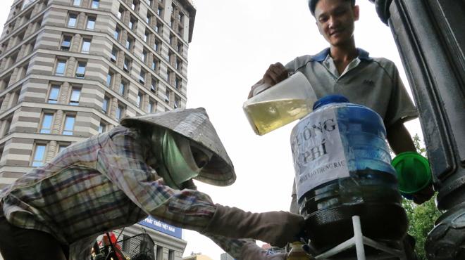 trà đá miễn phí ở Sài Gòn