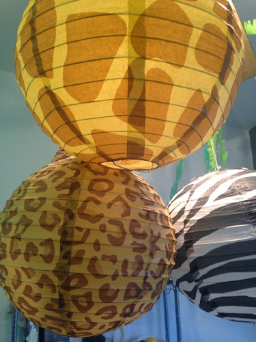 Animal print paper lanterns, party pail, wild Kratts birthday party