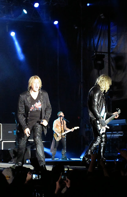 Joe Elliot, Phil Collen y Rick Savage (Def Leppard)
