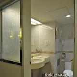 朋友都說天成很舊,不建議住。事實看起來感覺還好,廁所也很整潔。