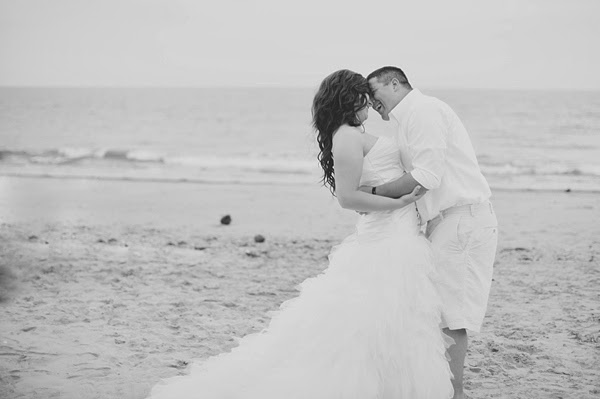 Navy And Coral Hampton Beach Wedding By Freshly Wed