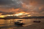wschód słońca nad Lombokiem, widok z Gili Trawangan