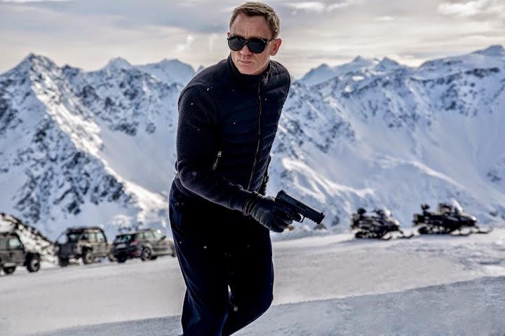 Daniel Craig in New-James Bond Movie-Spectre