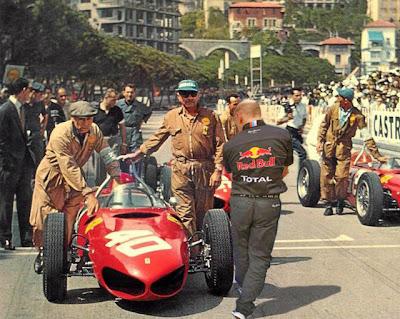 фотошоп Эдриан Ньюи наблюдает за Ferrari by pinnacle racing
