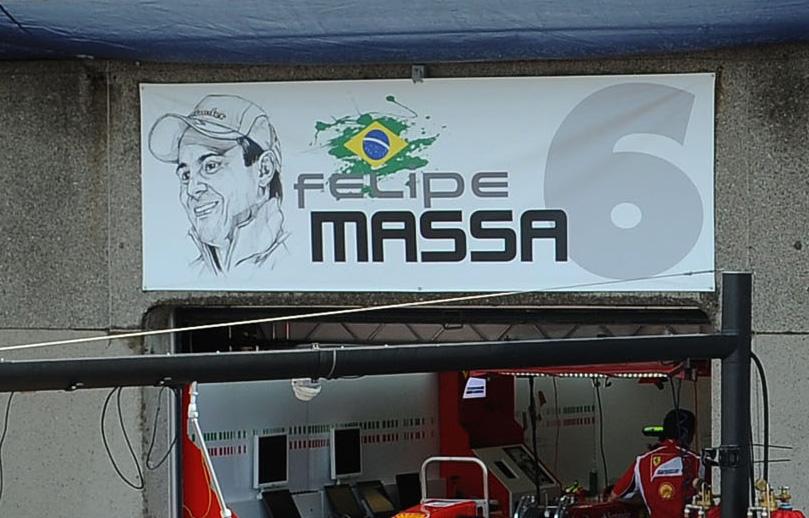 табличка над боксами Фелипе Массы на Гран-при Канады 2011