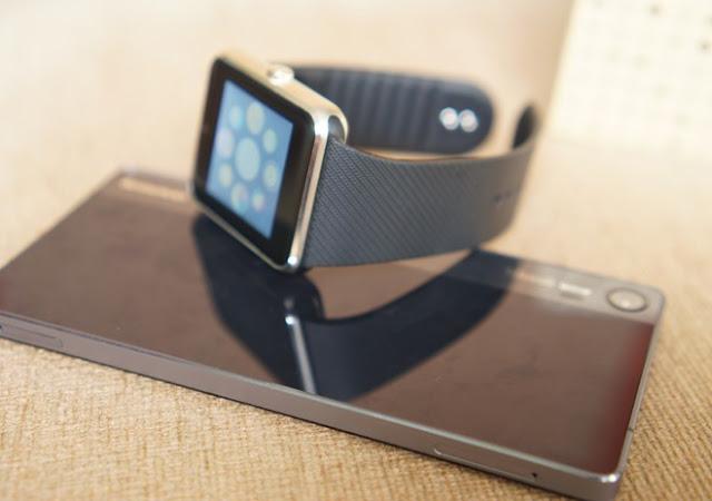 Trên tay đồng hồ thông minh Inwatch B giá 1,2 triệu đồng - 90667