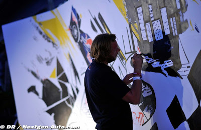 стена в Монте-Карло с рисунками Red Bull на Гран-при Монако 2011