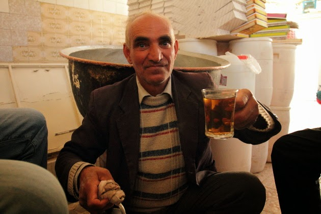 Super Hospitable Gaz shop Owner from Na'in, Iran