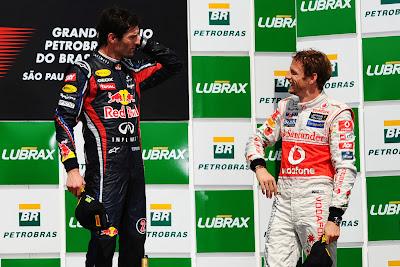 Марк Уэббер и Дженсон Баттон на подиуме Гран-при Бразилии 2011