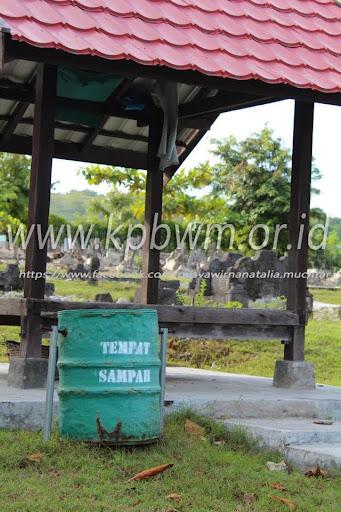 gazebo kompleks makam raja banggae majene