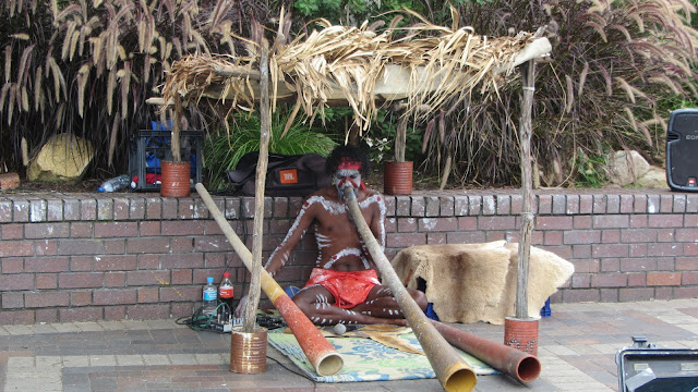 The didgeridoo player at Circular Quay.