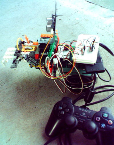 Description: Picture of PS2 Driven Boe-Bot. Action: Select (click) picture to view it enlarged.