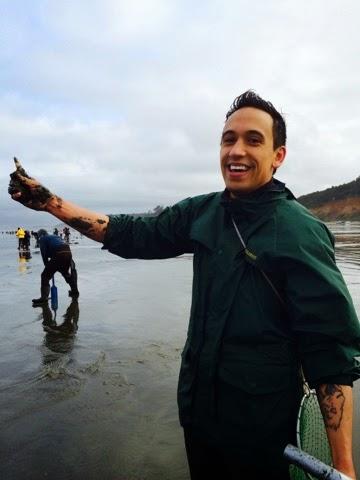 Washington Coast Clam Digging